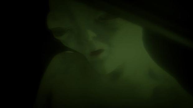 Borzongató videó részlet szivárgott ki egy elfogott idegen lényről...