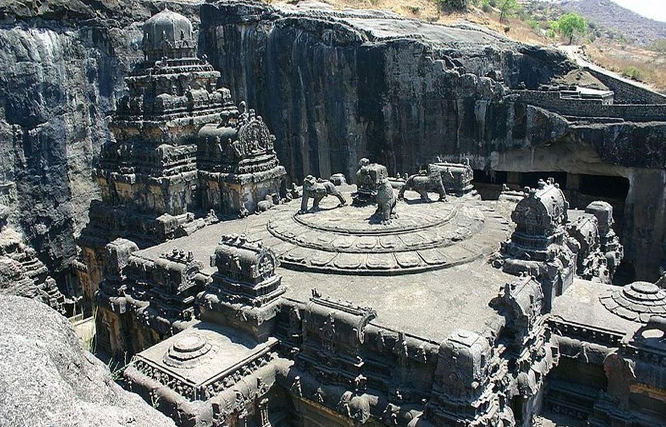 Egyetlen kőből faragták ki a csodás templomot senki sem tudja, hogyan épült 9