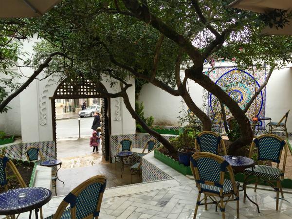 パリのペルシャ式庭園、モスケのガーデン[その2]