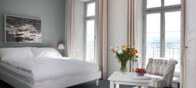 Room Suite romantic Hotel Hirschen Meilen Zurich Reservation