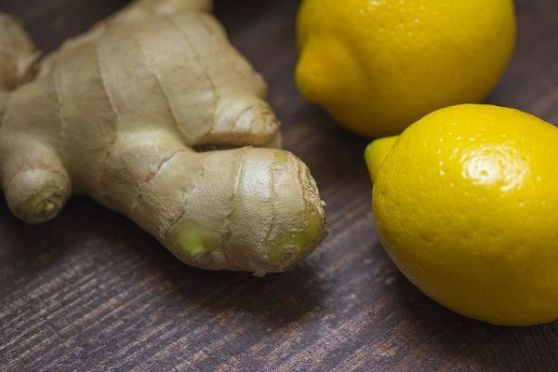 Top 10 Benefits of Ginger Juice with Lemon in the Morning