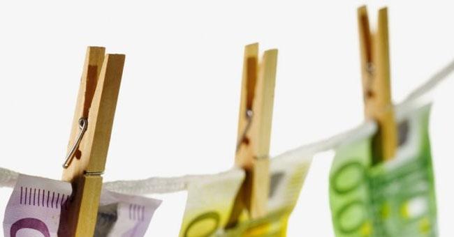 uang-gantung.jpg