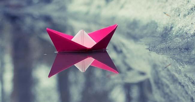 Perahu-Kertas-Pink.jpg