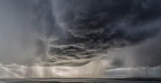 awan-gelap.jpg