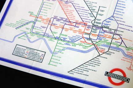 "page from ""London Underground Maps - Art, Design and Cartography"" by Louise Dobbin showing an early map of London Underground"