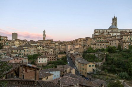 Siena in the Literature of Federico Tozzi Italian Youth Committee UNESCO