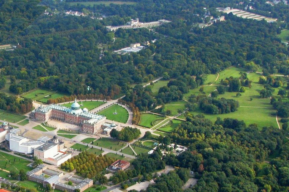 サンスーシ公園、ポツダム、ドイツ | HiSoUR 芸術 文化 美術 歴史