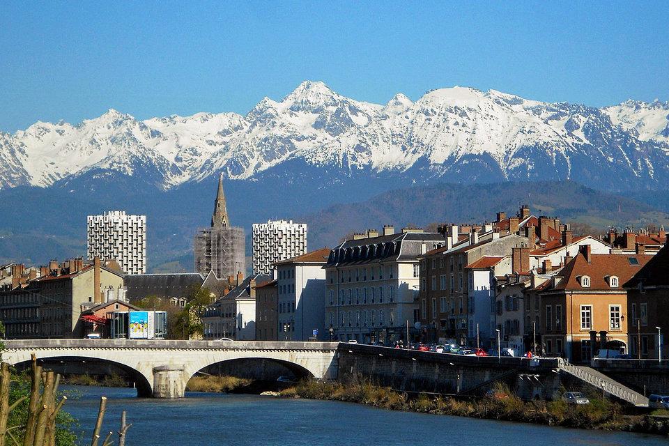 Free Auvergne Dating. Cautarea femeii moldovene? ti