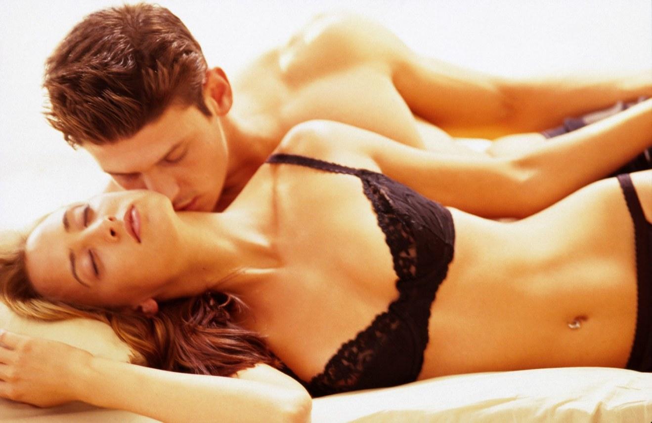 sex-love-life-2013-12-02-man-kissing-woman-neck-main - HisPotion