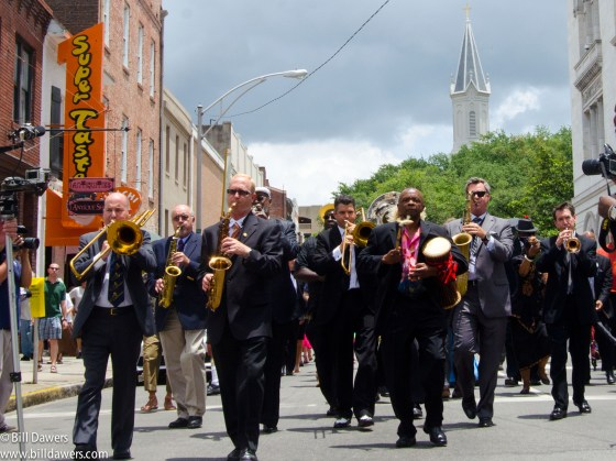Ben_Tucker_funeral_procession-53