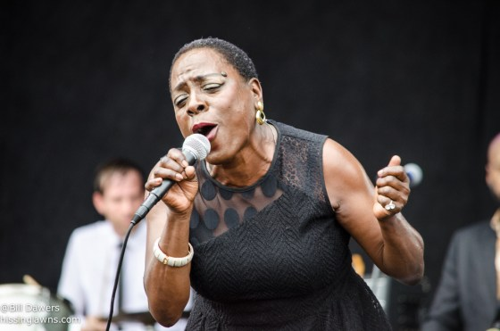 SharonJones&TheDapKings-17