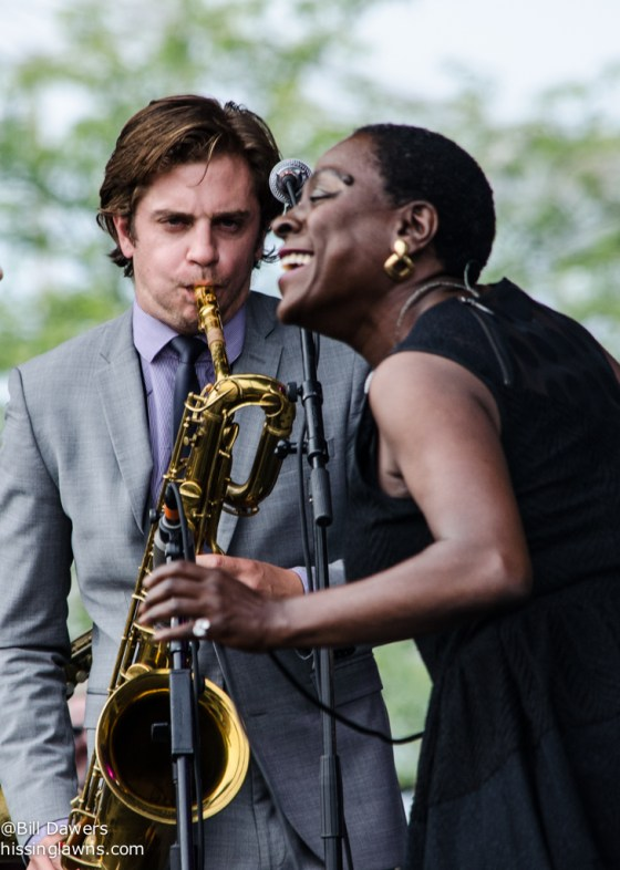 SharonJones&TheDapKings-5