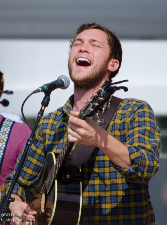 PhillipPhillips-7