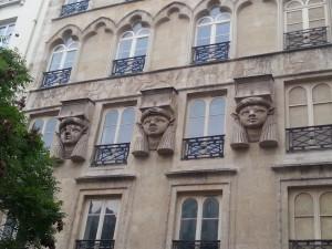 facade basse place du Caire
