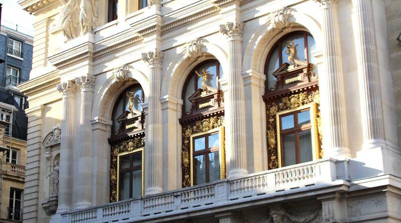 Salle Favart facade place Boieldieu