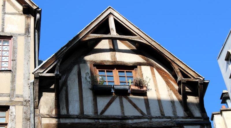 pignon des maisons à colombages de la rue Francois Miron