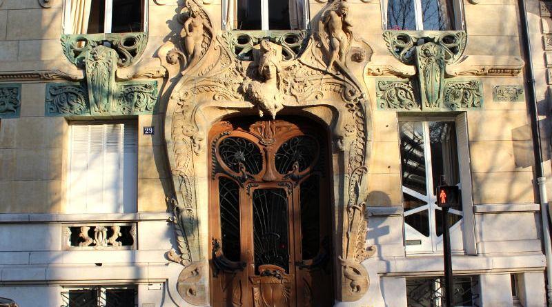 porte de l'immeuble Lavirotte