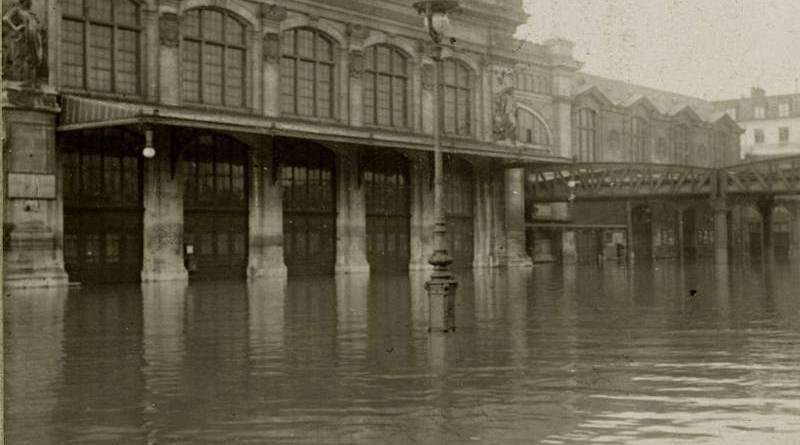 gare d'Austerlitz inondée par la crue de 1910