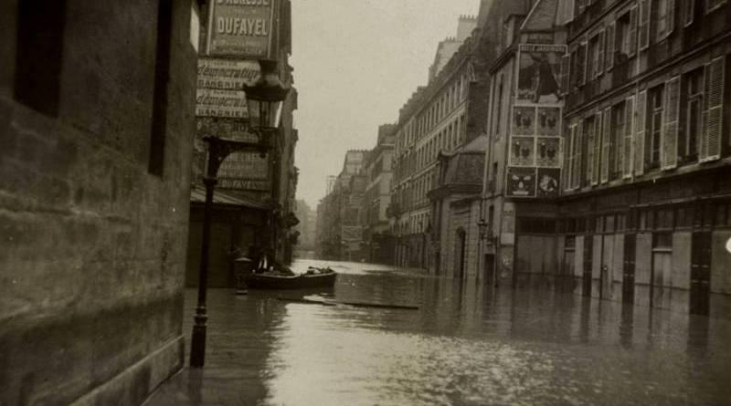 rue de Seine inondée en janvier 1910