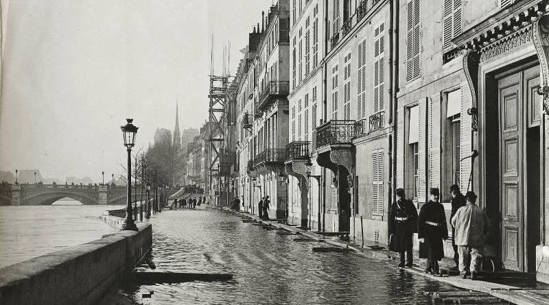 Ile Saint-Louis. Quai de Béthune en janvier 1910