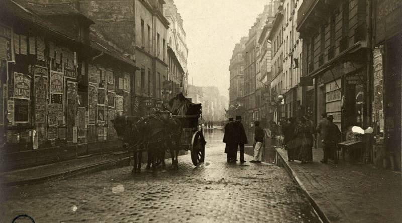 La rue de la Roquette en janvier 1910