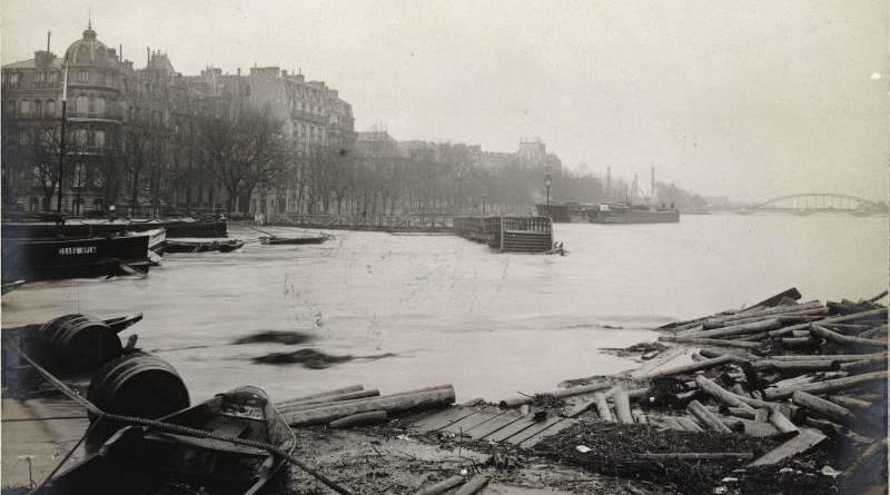 L'Estacade, brèche ouverte par le fleuve en janvier 1910
