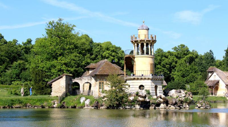 la Tour de Marlborough du hameau de la reine à Trianon