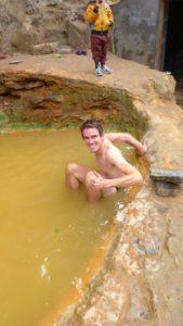 Bain dans les sources chaudes