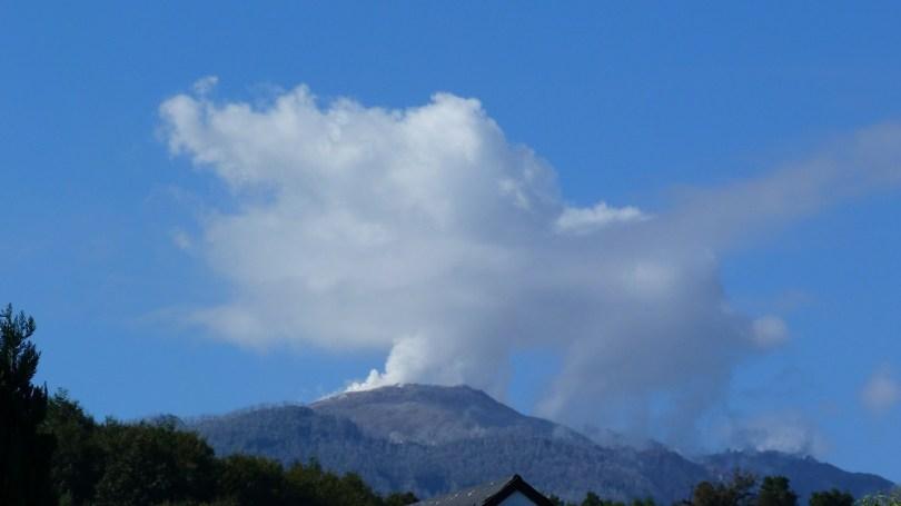 Pumalin volcan chaiten fumee