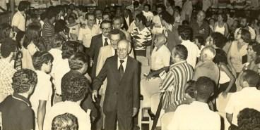 Ato de fundação do PMDB em Alagoas. Início de 1980, no Teatro Deodoro, com Ulisses Guimarães, Paulo Brossar e Teotônio Vilela. Foto de Adailson Calheiros