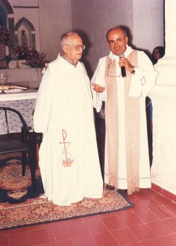 Com o padre Manoel Henrique