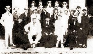 Fundação da Academia de Letras em 1º de novembro de 1919. Jorge de Lima é o último sentado à direita