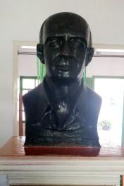 Busto de René Bertholet