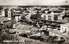 Praça dos Martírios em Cartão Postal de Eduardo Roberto Stuckert