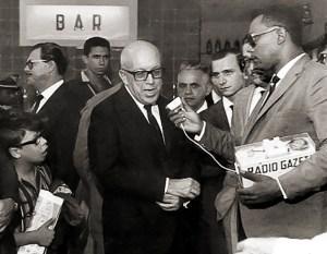 Teófilo Lins, em 1964 e antes da sua prisão, entrevista Magalhães Pinto, governador de Minas Gerais