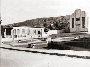 Igreja e Praça São Pedro