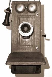 Antigos aparelhos telefônicos (2)