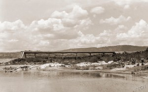 Ponte sobre o Rio Ipanema. Foto Japson