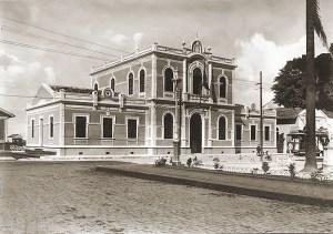 Prédio da Recebedoria, antigo Consulado Provincial, nos anos 1940