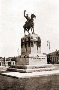 Estátua do Marechal Deodoro da Fonseca na Praça Deodoro, em Maceió