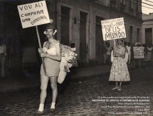 Trote da primeira turma da Faculdade de Economia de Alagoas em 1957. Acervo de Elma Leite