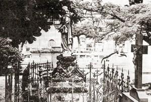 Obras de arte no Cemitério da piedade compensam a falta de planejamento