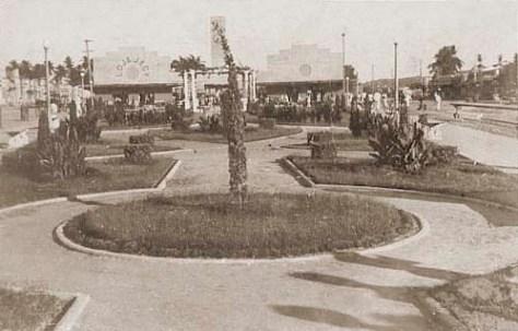 Mercado Público e a Praça Emílio de Maia na década de 1940