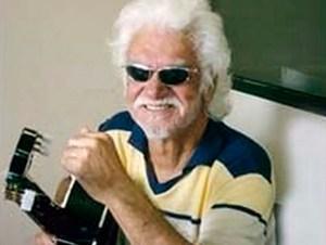 Autor de mais de mil músicas, Roberto Beckér reclamava das rádios em Alagoas por não tocarem suas músicas