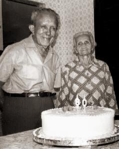 Raul Dias Cardoso e Maria Augusta Pires Ferreira (Cinola), provavelmente, em sua casa do Poço, em Maceió, AL no dia 12 de março de 1973