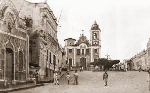 Penedo e a Praça Deodoro da Fonseca em 1932