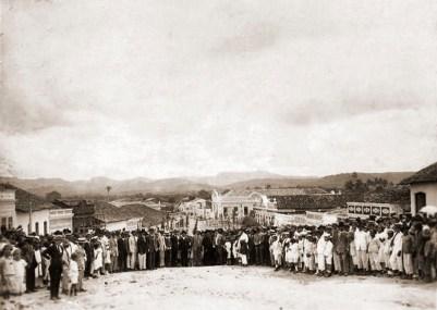 Ato político no interior de Alagoas em foto de Rogato