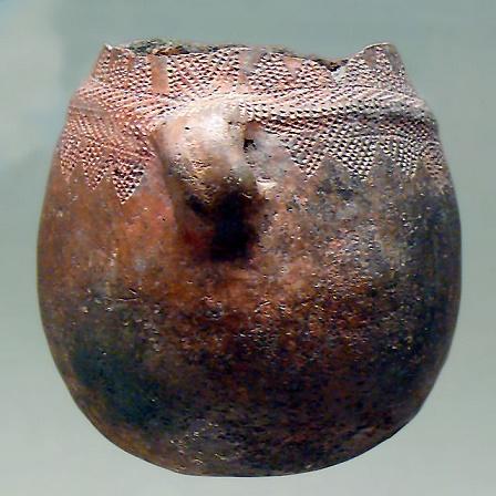 Pieza cerámica neolítica con decoración cardial