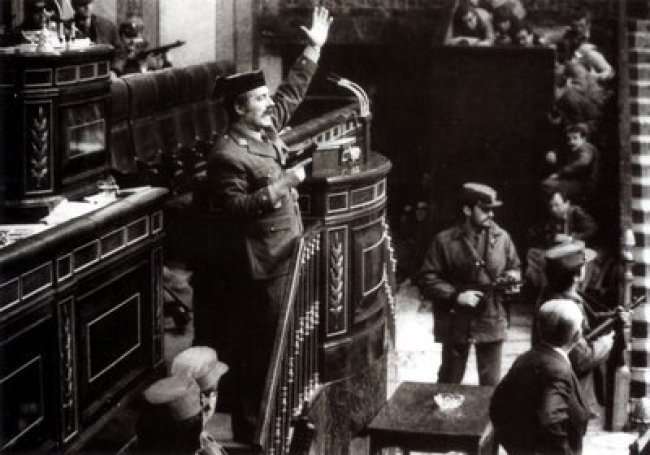 Irrupción del teniente coronel Antonio Tejero en el Congreso de los Diputados