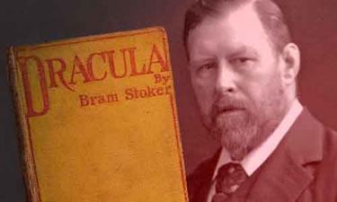 Imagen en la que se puede ver a Bram Stoker junto a su obra